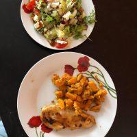 csirkemell édesburgonya és saláta